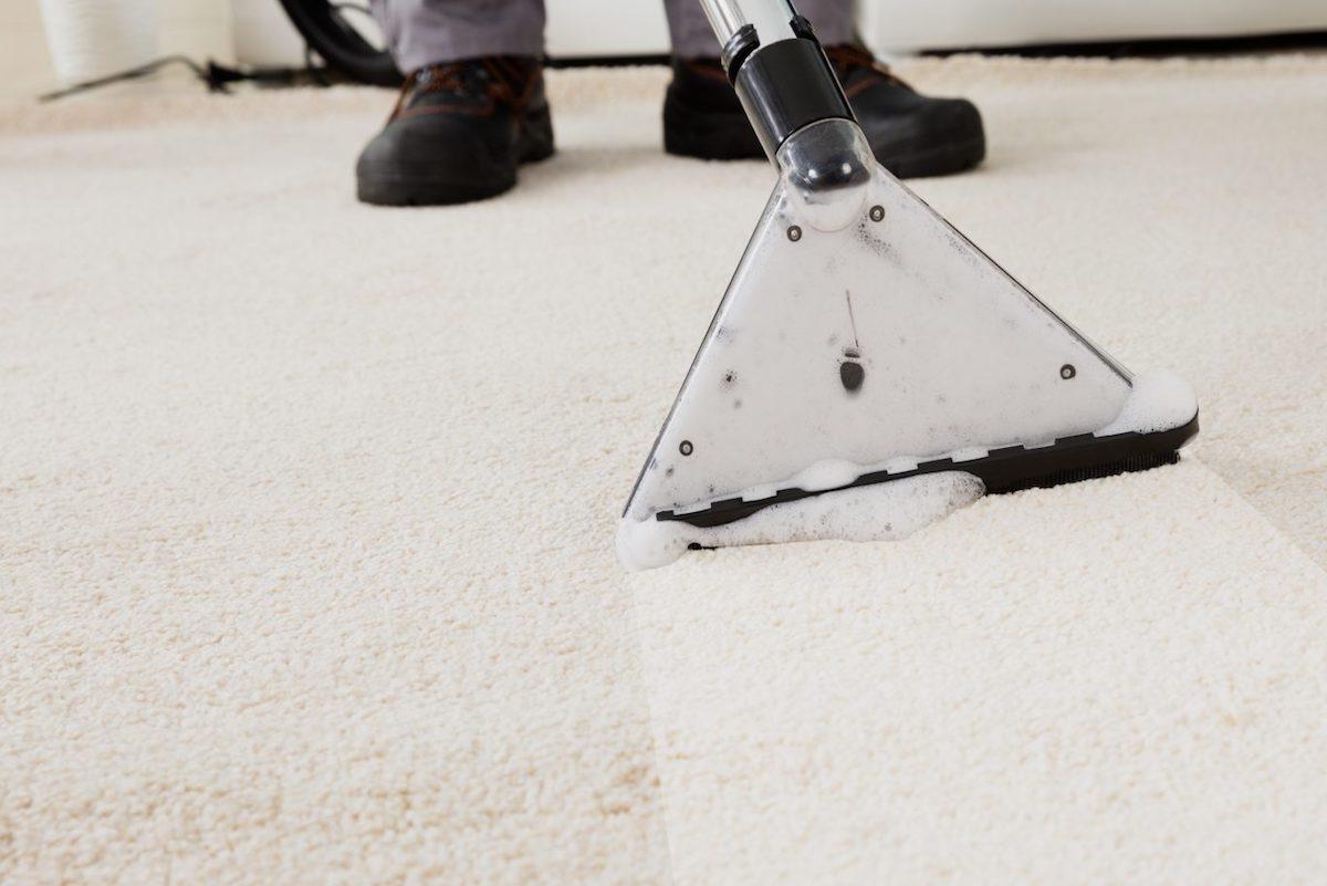 Tapijt Reinigen Apeldoorn : Meubelreiniger aan huis tapijt reinigen